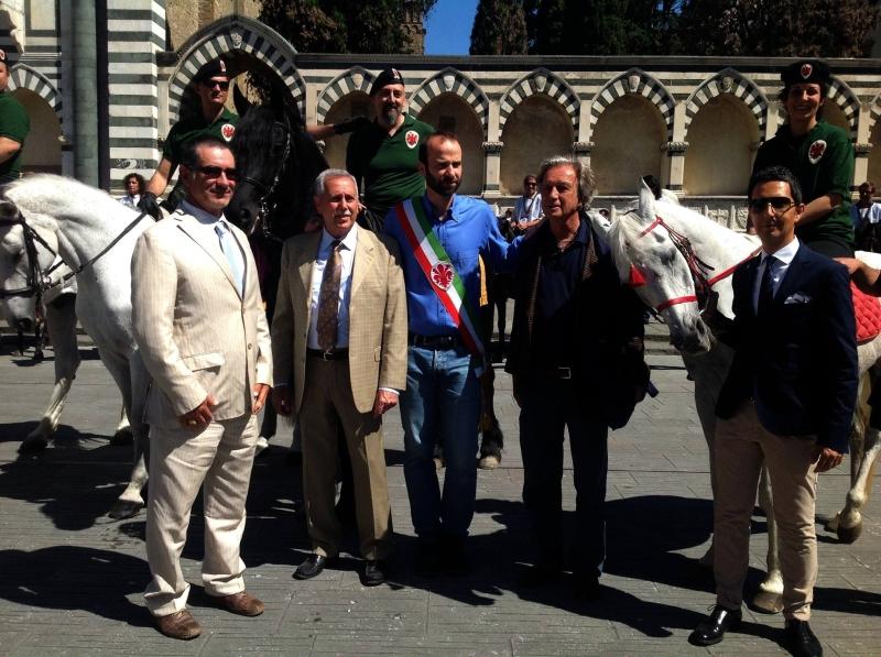 Parte Guelfa in Santa Maria Novella con autorità FISE e Comune di Firenze