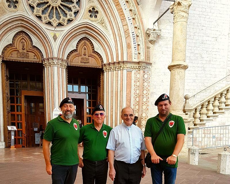 Parte Guelfa Assisi Pellegrinaggio 2017 Basilica Inferiore Andrea Claudio Galluzzo Alberto Bellini Mons. Vasco Giuliani Dimitri Caciolli