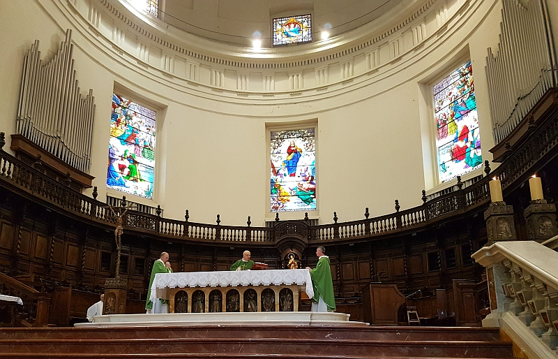Parte Guelfa Assisi Pellegrinaggio 2017 Basilica Santa Maria degli Angeli Mons. Vasco Giuliani concelebra la Santa Messa