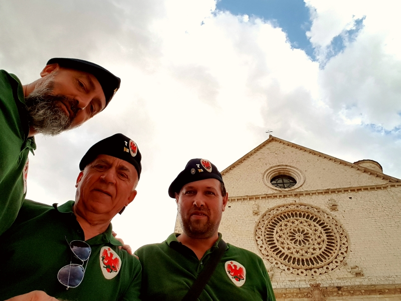 Parte Guelfa Assisi Pellegrinaggio 2017 Basilica Superiore Andrea Claudio Galluzzo Alberto Bellini Dimitri Caciolli