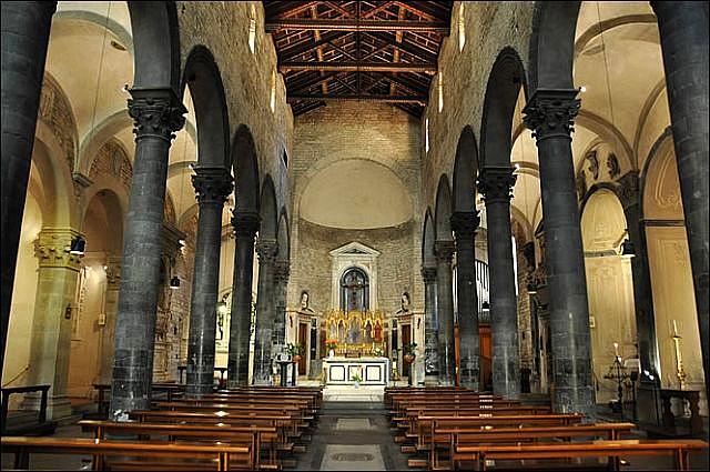 Parte Guelfa Chiesa dei Santi Apostoli e San Biagio a Firenze