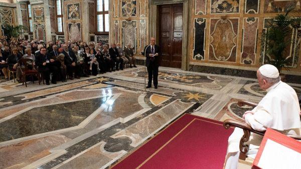 Parte Guelfa Papa Francesco stampa estera 18 Maggio 2019